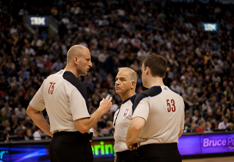 how do nba referees decide what is a travel